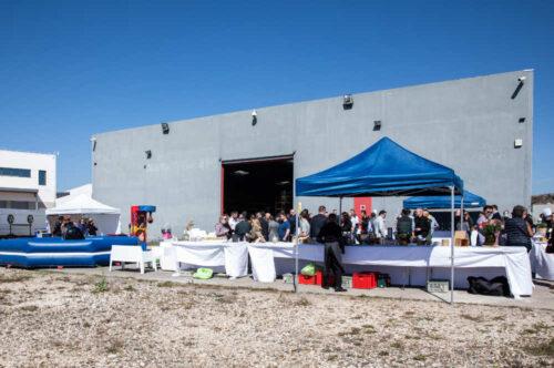 ap-event_journee-porte-ouverte_installation-devant-hangar-500x332